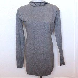 L. A. M. B light weight hooded sweater sz. S